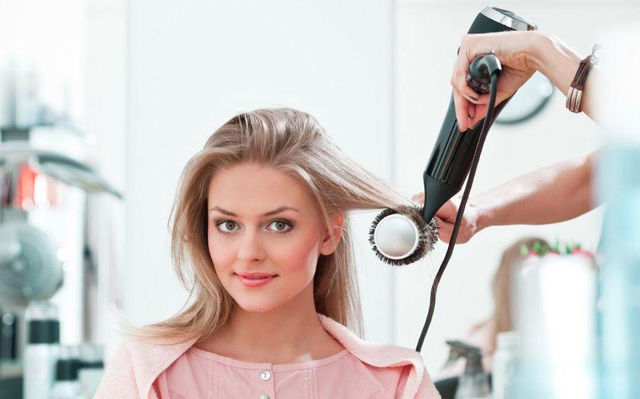 Мастер по выпрямлению волос